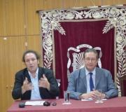 El profesor Francisco Acosta Ramírez en el ciclo sobre Regionalismo Andaluz