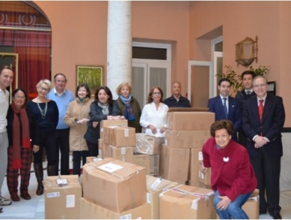 Campaña de recogida de alimentos en el Ateneo para las barriadas de El Vacie y Torreblanca