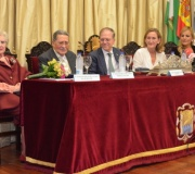 El coleccionista de arte y mecenas D. Mariano Bellver Utrera recibió la Medalla de Oro del Ateneo de manos del Presidente D. Alberto Máximo Pérez Calero